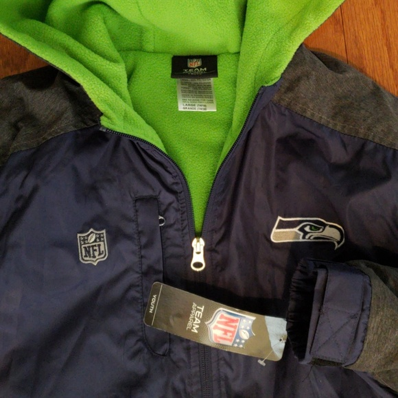 the latest 90bfa 3480b New Seahawks NFL Jacket Youth Size 14-16 NWT